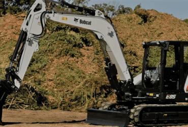 Busco alquilar Bobcat E85 digger (excavator)